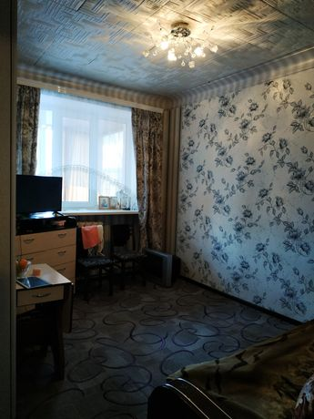 Продам срочно 2 комнатную квартиру в самом центре.
