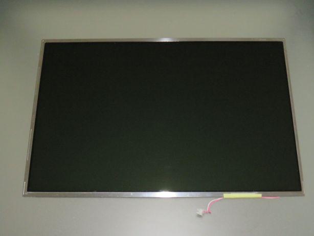 LCD LP154WX4(TL)(E2)