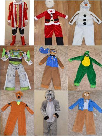 Продам новогодний костюм на праздник для мальчика снеговик ,зверушка