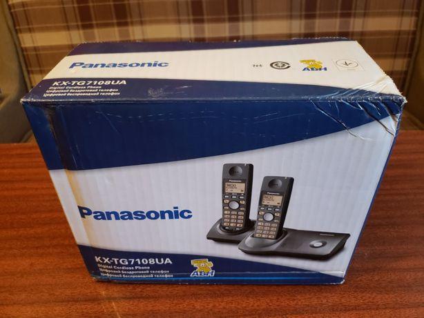 Радиотелефон PanasonicKX-TG7108UA