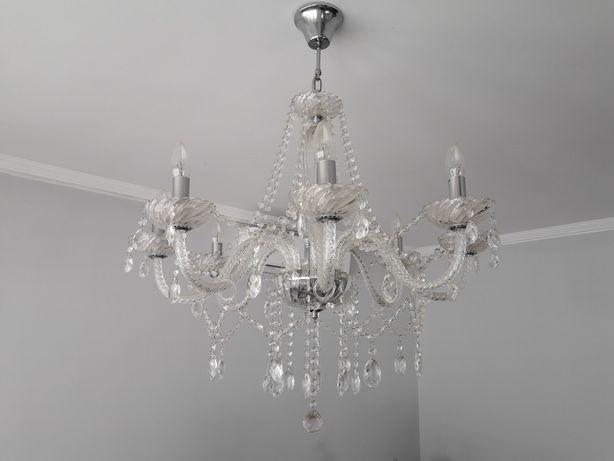 Candeeiro suspenso de 8 lampadas