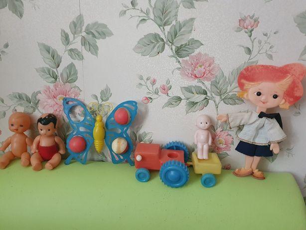 Советские игрушки пупсик трактор незнайка бабочка