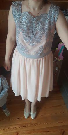 Piękna sukienka szyta na miare roz M/L