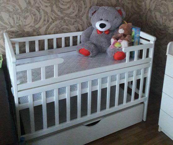 Кроватка+комод+матрасс+постельнное(бортики)