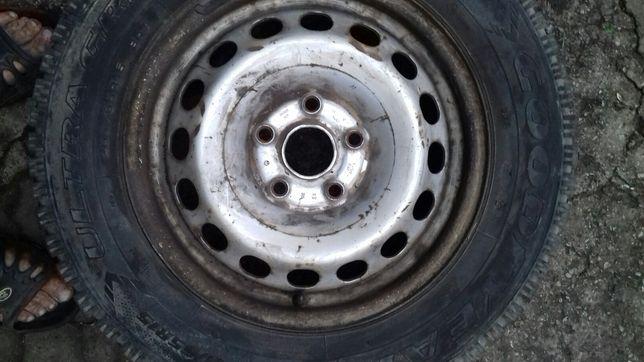 Комплект колес, Шины, резина зимняя  с дисками R 15
