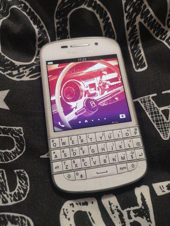 BlackBerry Q10 bialy