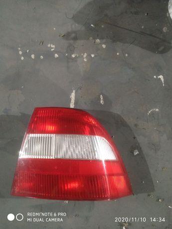 Lampa prawa tył Opel Vectra B sedan