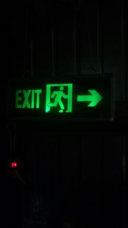 Указатель Exit с LED подсветкой