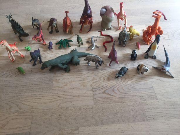 Figurki zwierząt  dinozaur