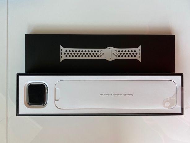 Apple Watch Series 4 Nike+ 40 mm GPS