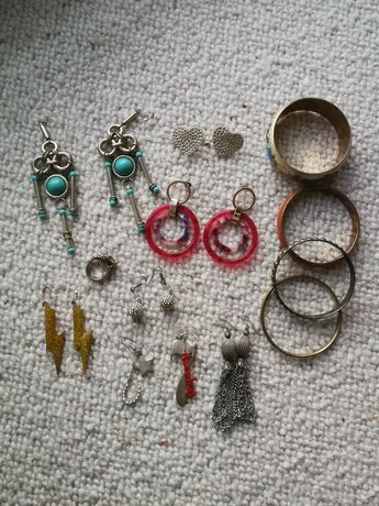Kolczyki bransoletki zestaw biżuterii h&m Stradivarius Primark