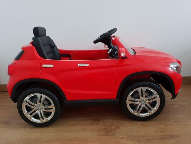 Mercedes Benz GLA-Class czerwony, dla dziecka auto, samochód