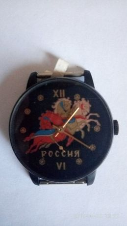 Продам новые наручные механические часы Победа 2602
