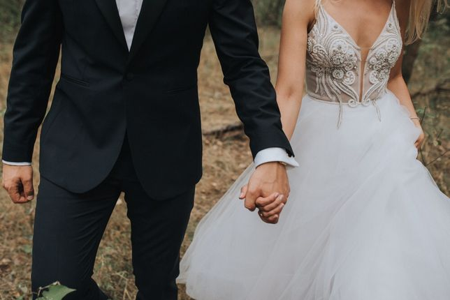Suknia ślubna LAURELLE Siluetta