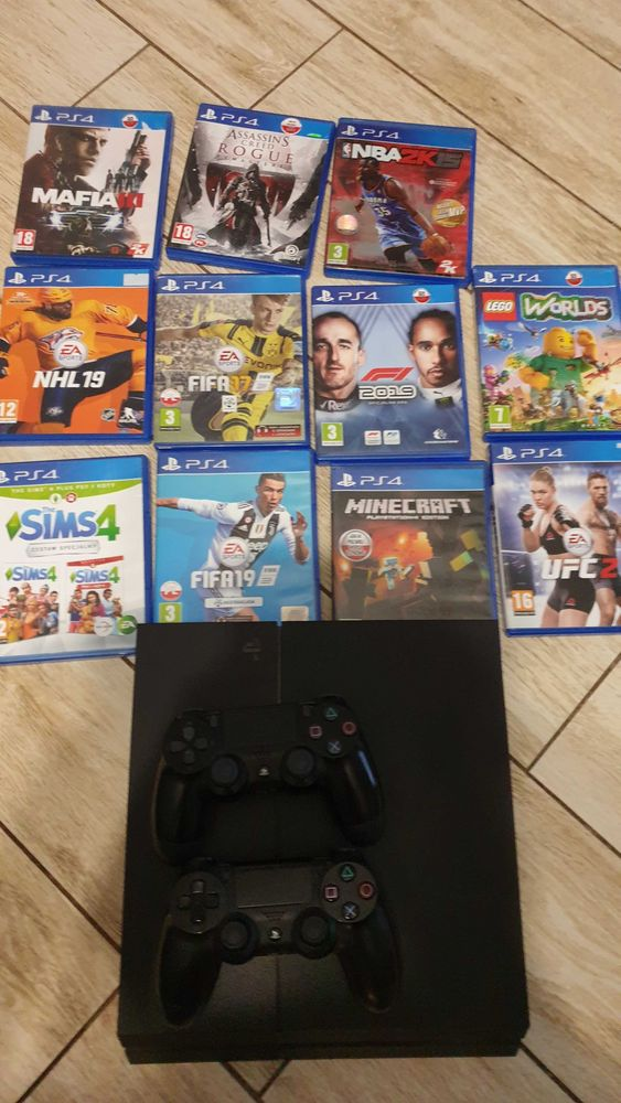 Playstation 4 +2pady i 11 gier Gniezno - image 1