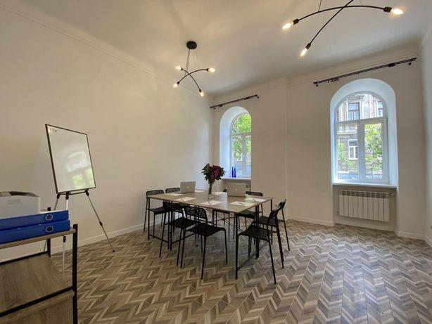 Двокімнатна квартира, кухня-студія, єврремонт, Короленка, центр