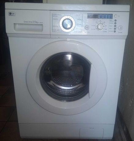 Продам стиральную машинку LG DIRECS DRIVE на 3.5 кг 1000 об, узкая