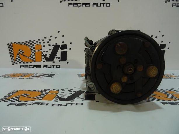 Compressor Do Ar Condicionado Volkswagen Golf Iv (1J1) 1J0820803k / 1