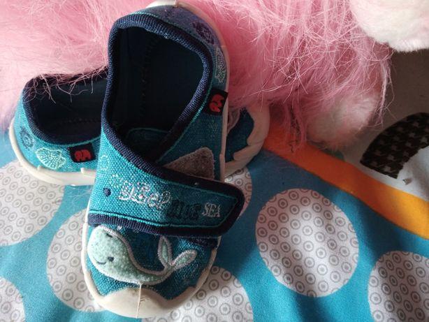 Дитяче взуття зручне