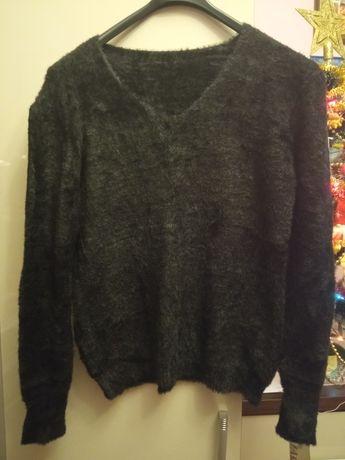 Super sweterek  z alpaki nowy