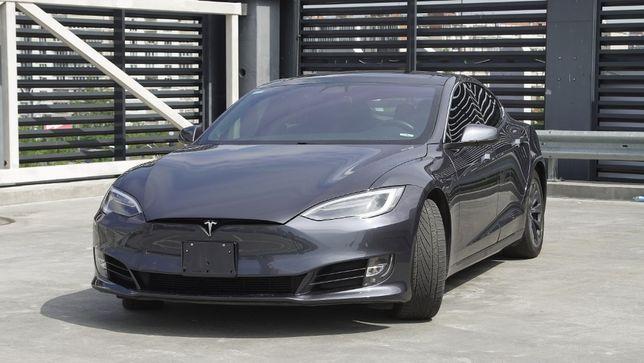 Электромобиль Tesla Model S 100D