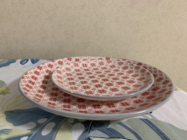 Две очаровательные тарелочки, тарелки
