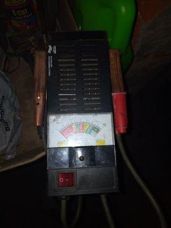 Tester akumulatorowy analogowy Yato.