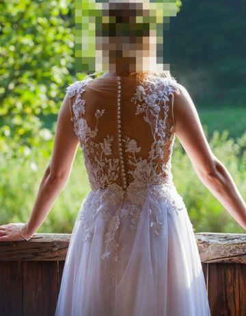 Piękna suknia ślubna !! koronki, tiul. Bardzo wygodna