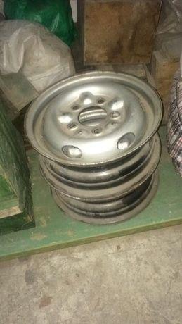 Диски колесные на 14 мерседес бенц 208