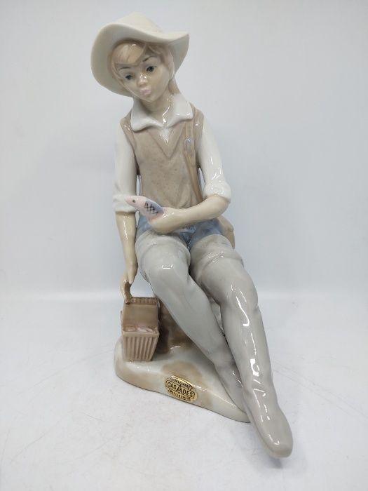Figurka porcelanowa Rybak - CASADES Bielsko-Biała - image 1