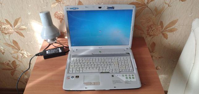 Ноутбук Acer 17 дюймов, рабочий, аккумулятор держит.