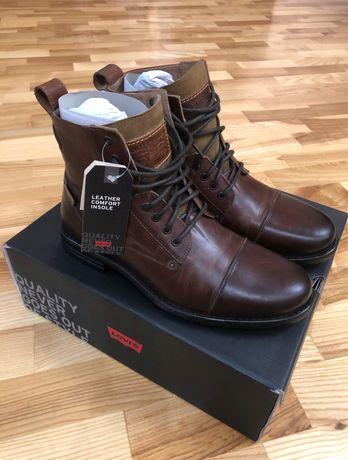 Ботинки Levi's 42 размер
