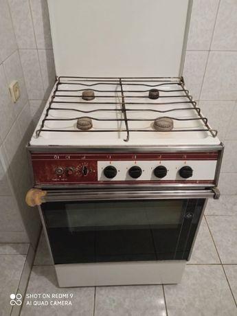 Плита духовка газовая б/у в рабочем состоянии