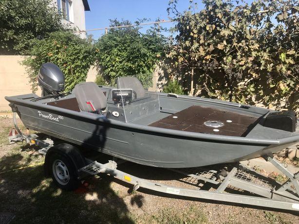 Продам лодку (катер). Powerboat 420 2018 г.п.