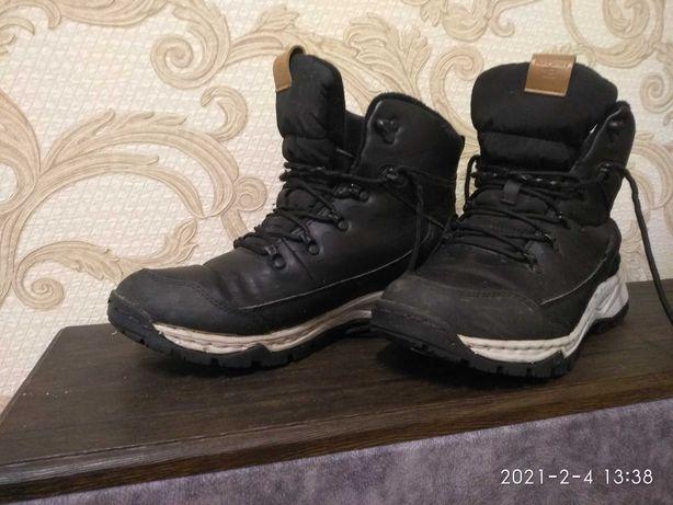 Продам мужские ботинки Icepeak