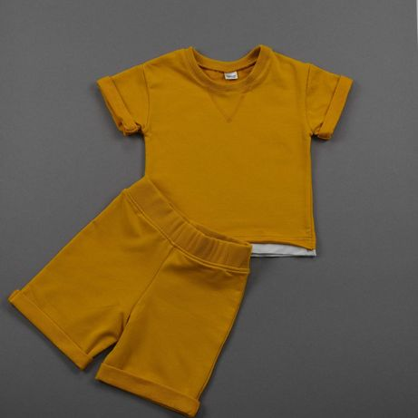 Спортивний комплект костюм шорти футболка