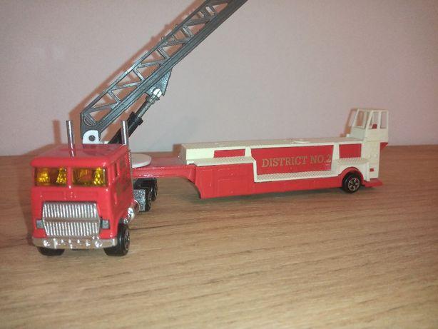Majorette straż pożarna district 2 engine no 45