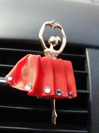 Odświeżacz do samochodu auta tancerka damski kobiecy zapach ozdoba