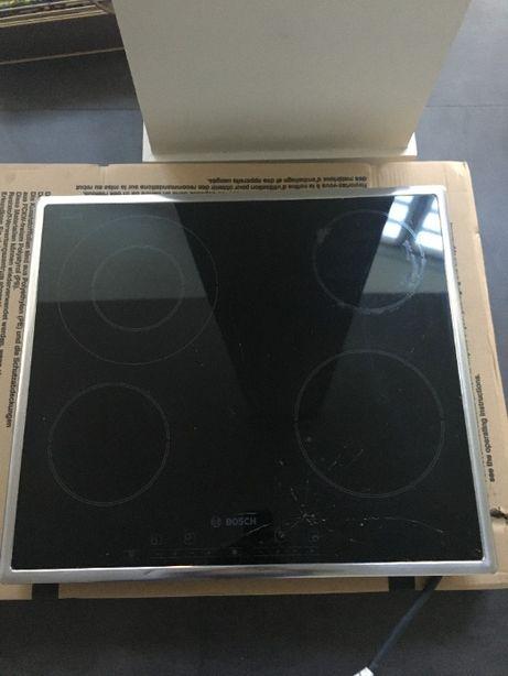 Placa vitrocerâmica Bosch (tampo partido/para peças)