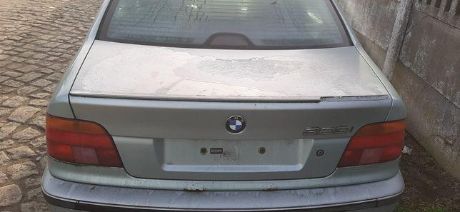 Klapa tyl BMW e39 przed lift bez rdzy