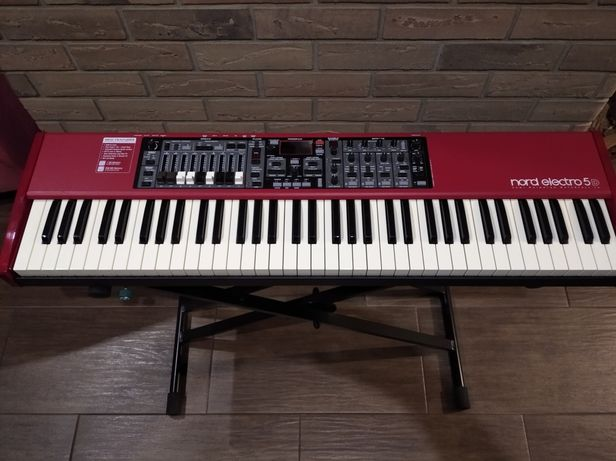 Nord electro 5D 73 SW kultowy instrument.