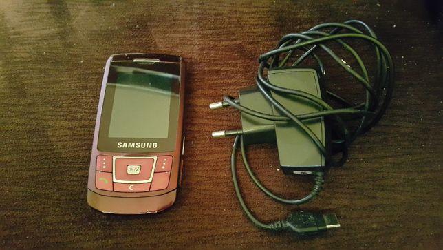 Sprawny Samsung D900i z Ładowarką