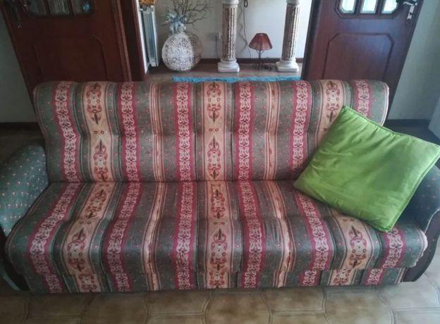 Sofá de 3 lugares para venda
