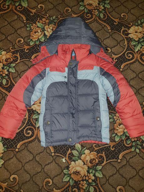 Курточка зимняя на мальчика 3-5 лет