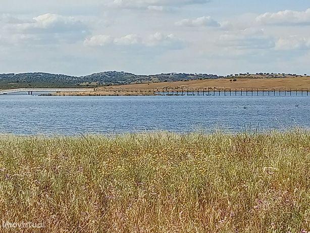 Terreno na Margem do Lago de Alqueva 2,2 ha