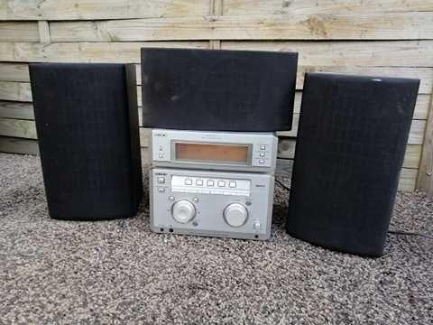 Mini wieża Sony Radio/AUX