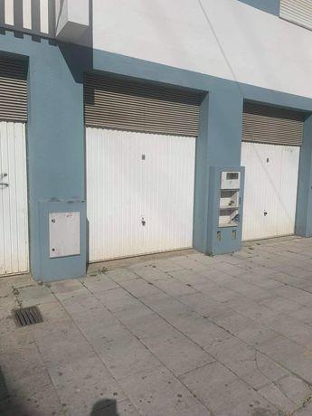 Garagem Box fechada Azambuja 32m