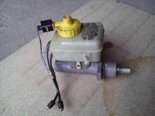 Vendo bomba de travões com reservatório de Audi A3 de 99