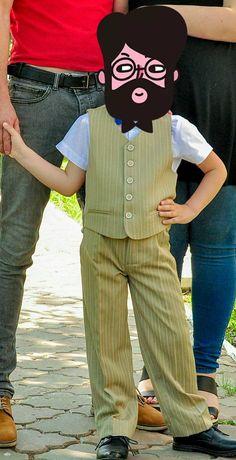 Продам костюм на мальчика 6-7 лет