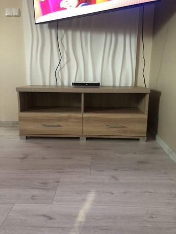 Półka pod telewizor wraz z witryną